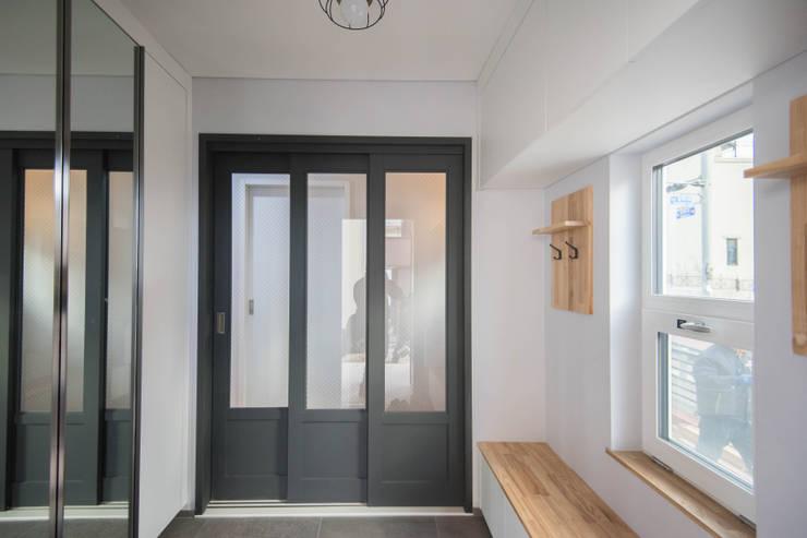 Koridor dan lorong by 건축사사무소 재귀당