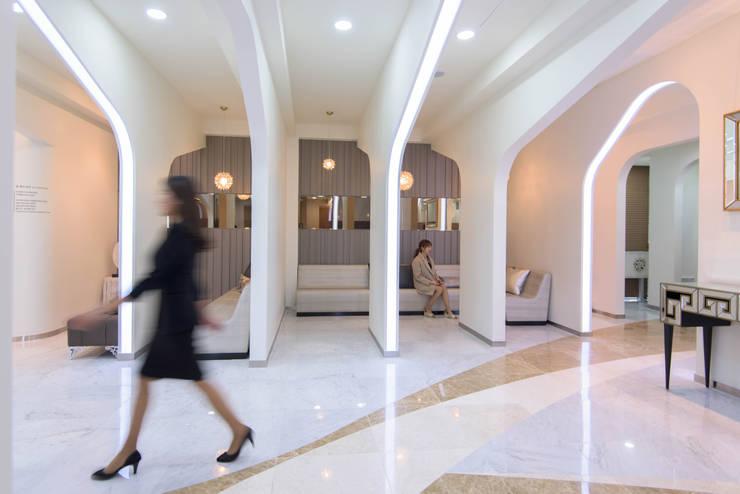 내부공간7: 건축사사무소 재귀당의  서재 & 사무실