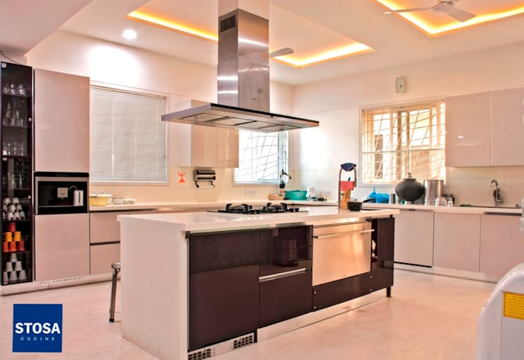 Stosa Cucine India. Latest Installation at Indore: classic Kitchen by cmd