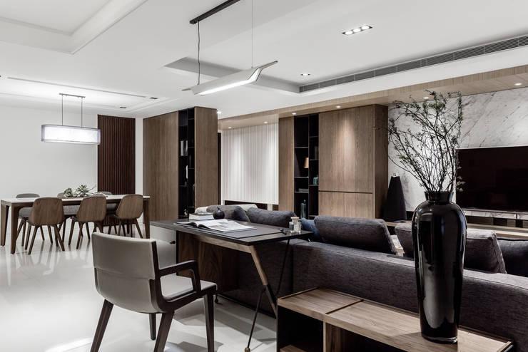 新北 林口 Lin residence (林口 世界首席 / 國家一號院):  書房/辦公室 by 双設計建築室內總研所