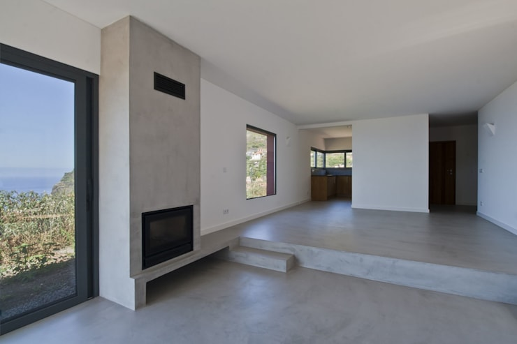 minimalistic Living room by Mayer & Selders Arquitectura