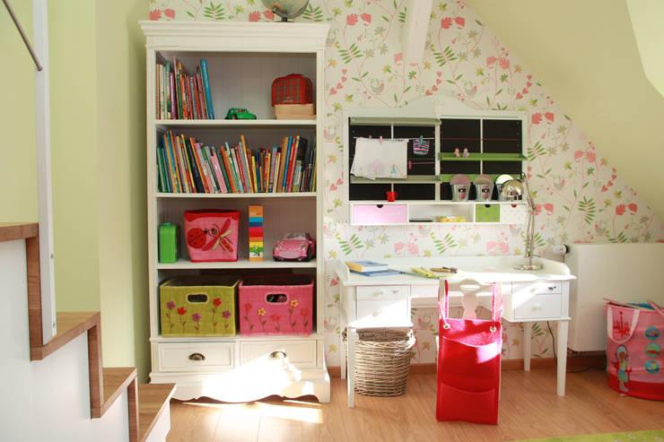 غرفة الاطفال تنفيذ Boldt Innenausbau GmbH - Tischlerei & Raumkonzepte