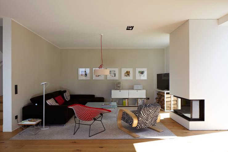moderne Woonkamer door Lioba Schneider