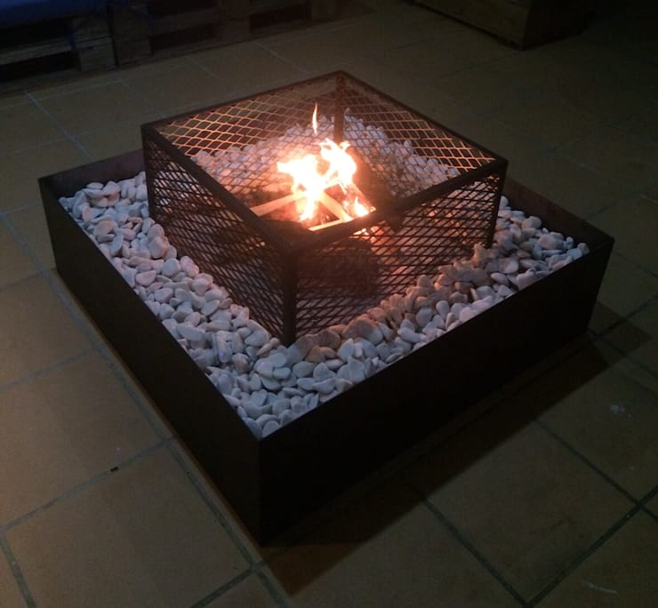 Lareira de Exterior COSYFIRE, modelo Guincho: Jardim  por antonio.loebbert