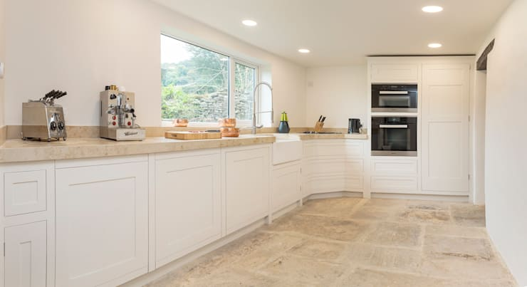 country Kitchen by Auspicious Furniture