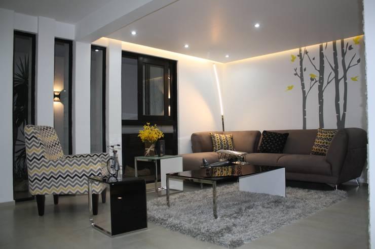 Interiores Zenteno: Salas de estilo  por MÈNDEZ arquitectos