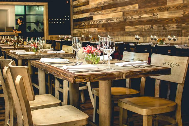 Restaurant Chullpi - Machupicchu Comedores de estilo moderno de FRANCO CACERES / Arquitectos & Asociados Moderno Madera Acabado en madera