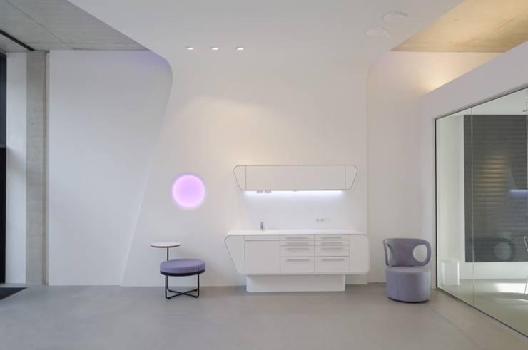 Corridor & hallway by Lixar GmbH