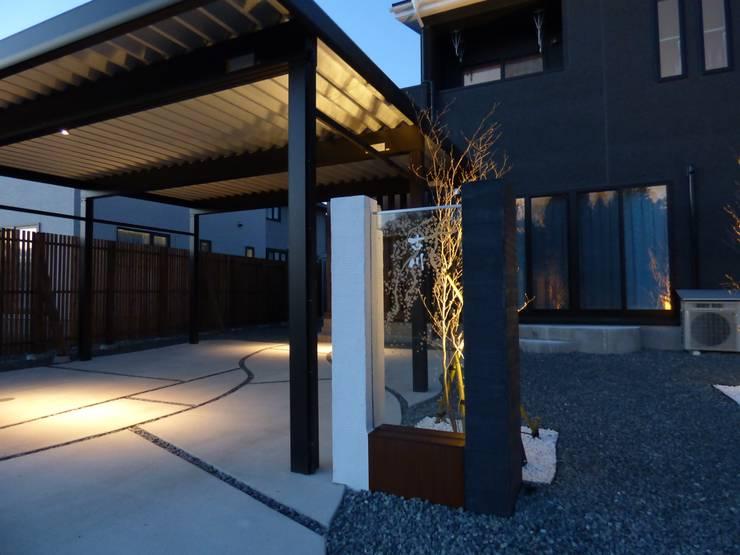 บ้านและที่อยู่อาศัย by エクステリアモミの木 | エクステリア&ガーデンデザイン専門店