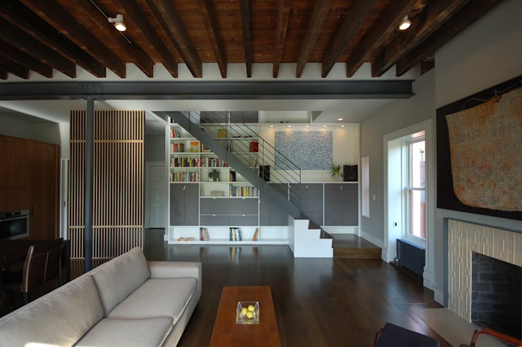 Clinton Avenue:  Living room by SA-DA Architecture