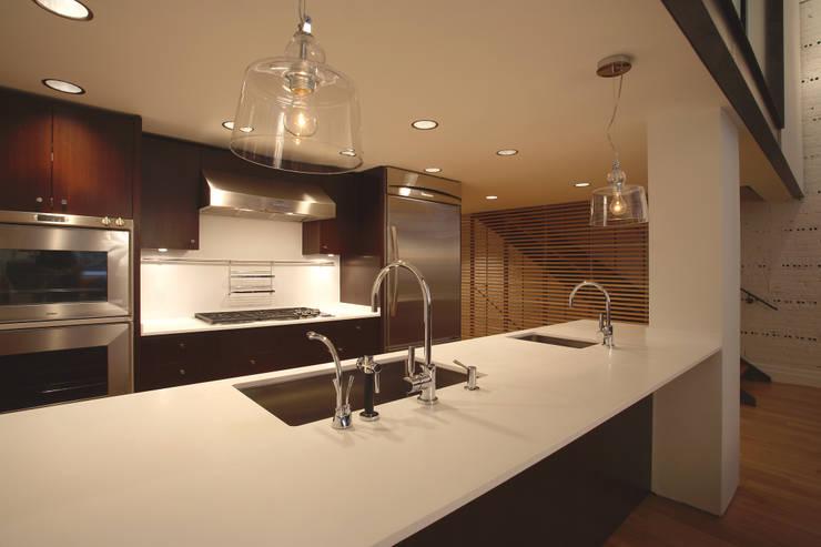 Peabody Loft and Studio: modern Kitchen by SA-DA Architecture