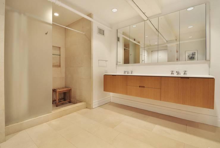 Peabody Loft and Studio:  Bathroom by SA-DA Architecture