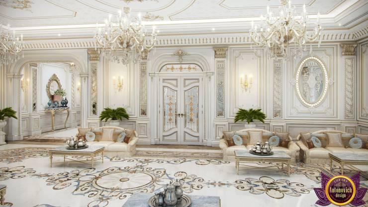 Luxury living room of Katrina Antonovich:  Living room by Luxury Antonovich Design,