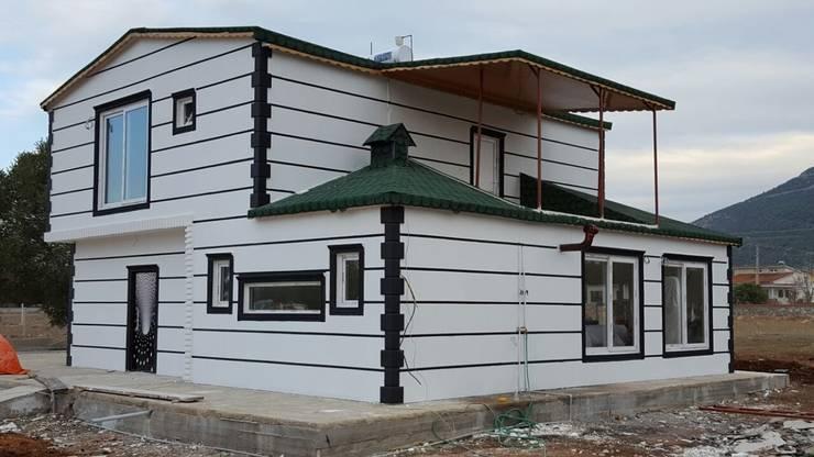 Hannprefabrik – Hannprefabrik dubleks villa:  tarz