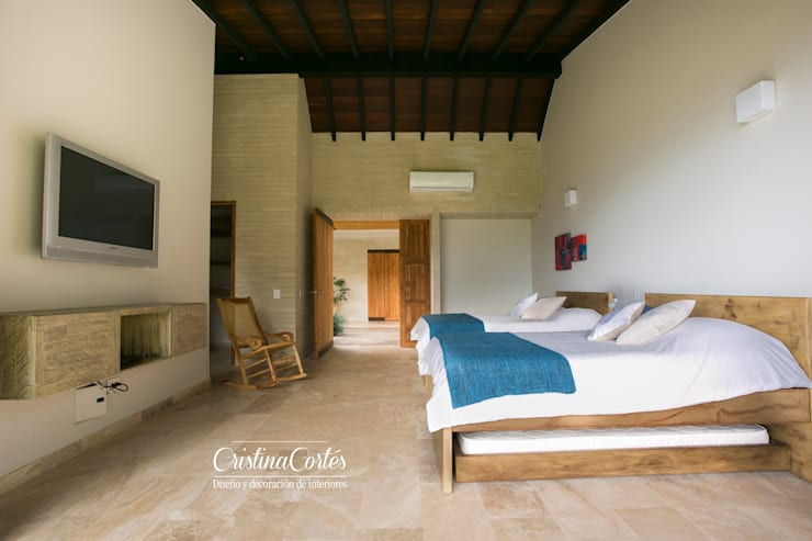 Habitacion : Dormitorios de estilo  por Cristina Cortés Diseño y Decoración