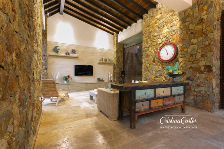غرفة الملتيميديا تنفيذ Cristina Cortés Diseño y Decoración
