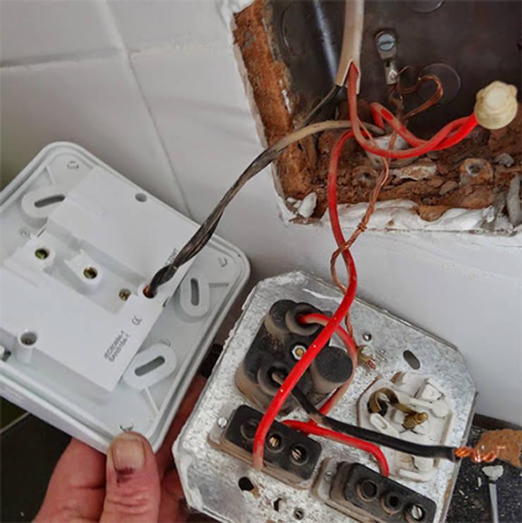 Socket Repairs:   by Electrician Pretoria