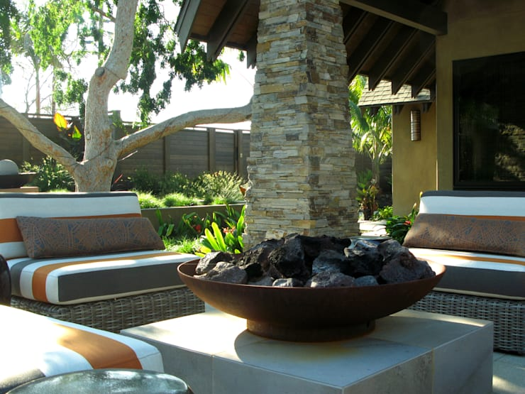 Island Style Tropical :  Garden by Debora Carl Landscape Design