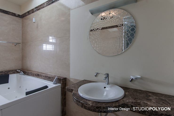Bathroom:  Bathroom by Studio Polygon