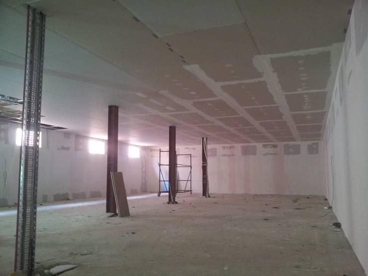 MAG Tasarım Mimarlık İnşaat Emlak San.ve Tic.Ltd.Şti. – Garanti İplik Çorlu – Seminer Salonu: modern tarz , Modern