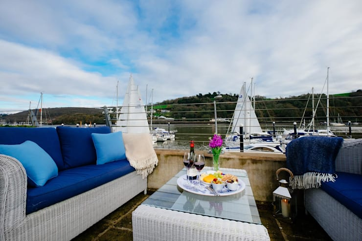 Blue Moorings, Dartmouth | Devon Eclectic style houses by Perfect Stays Eclectic