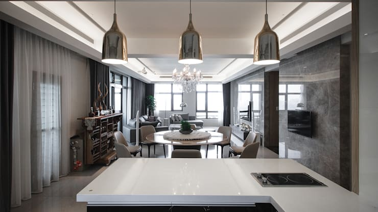 Living room by 璞碩室內裝修設計工程有限公司