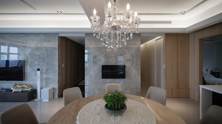 BRAVO INTERIOR DESIGN & DECO    KUAN STYLE:  餐廳 by 璞碩室內裝修設計工程有限公司