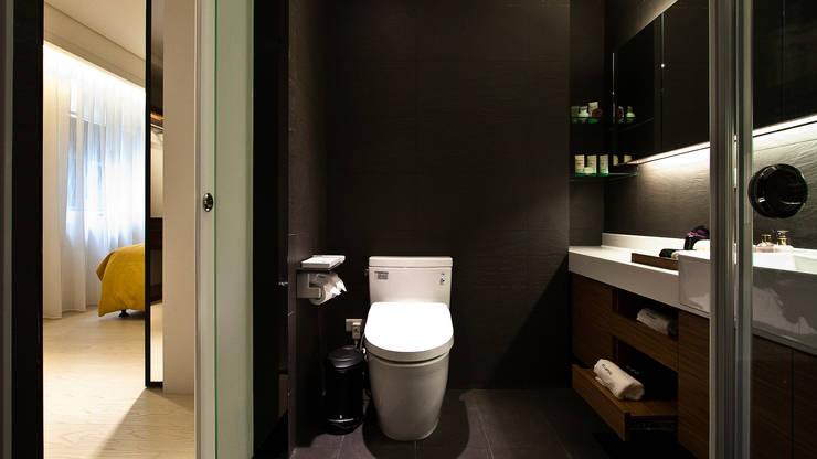BRAVO INTERIOR DESIGN & DECO    JIA STYLE:  浴室 by 璞碩室內裝修設計工程有限公司