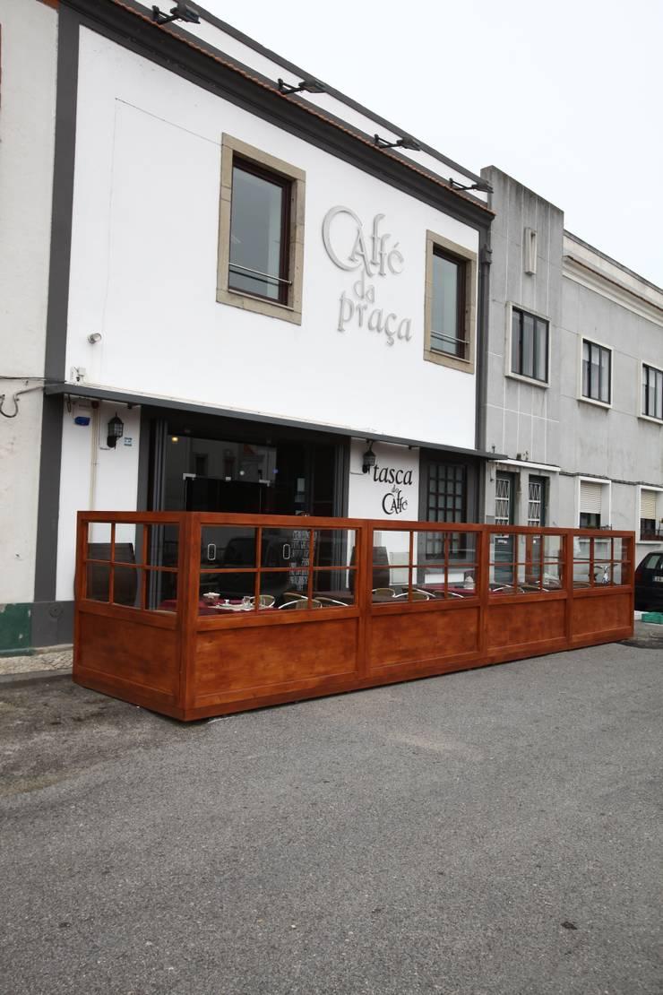 Moodular – Tasca do Café: Bares e clubes  por MOODULAR