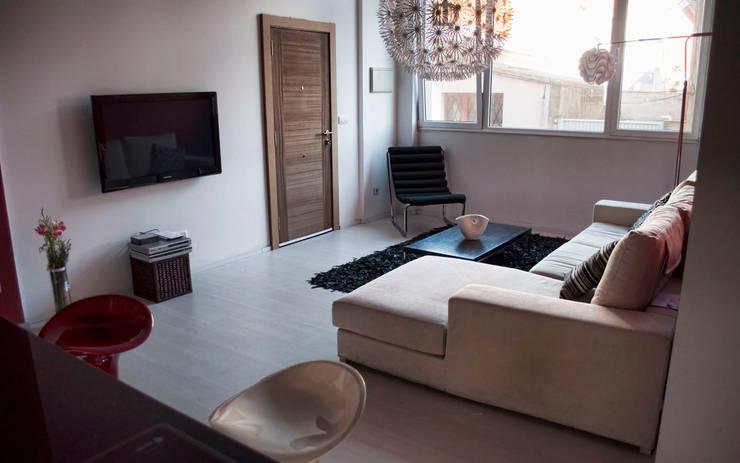 ห้องนั่งเล่น โดย Intra Arquitectos, โมเดิร์น
