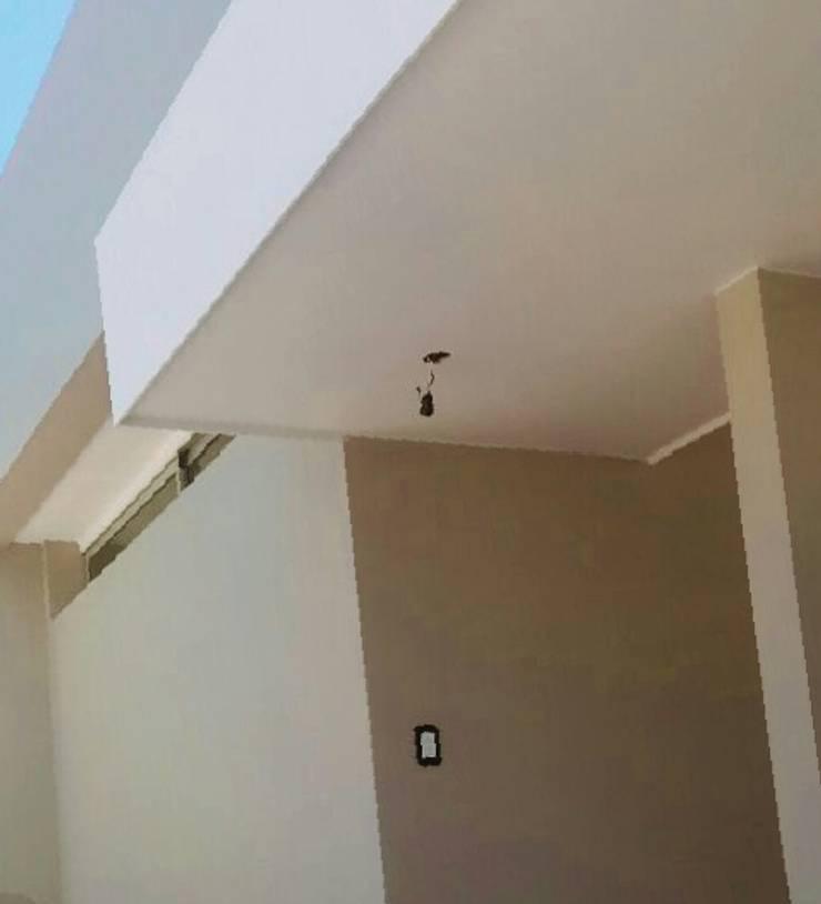 Fachada - detalles: Casas de estilo  por VHA Arquitectura