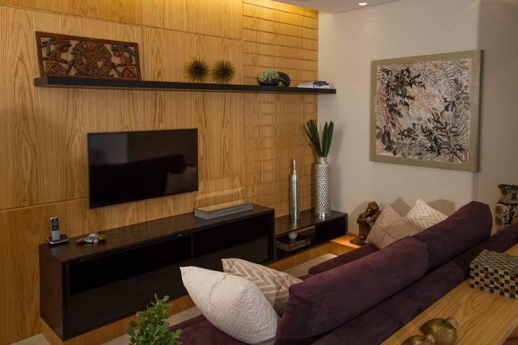 Salas de estilo  por Designare Ambientes
