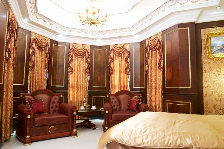 歐式古典建築及室內設計家具配置:  臥室 by 傑德空間設計有限公司