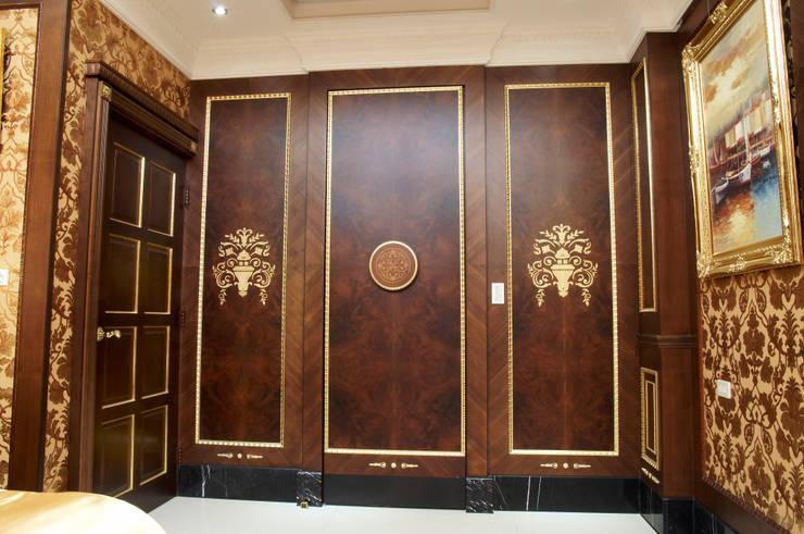 歐式古典建築及室內設計家具配置:  窗 by 傑德空間設計有限公司