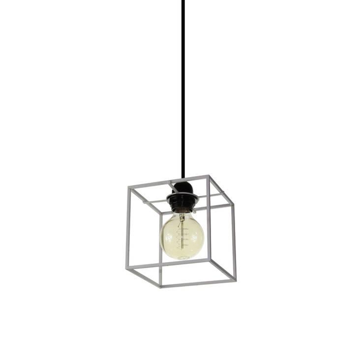 Object / Light Cube Pendant White Lacquered: SANUC의  실내 조경