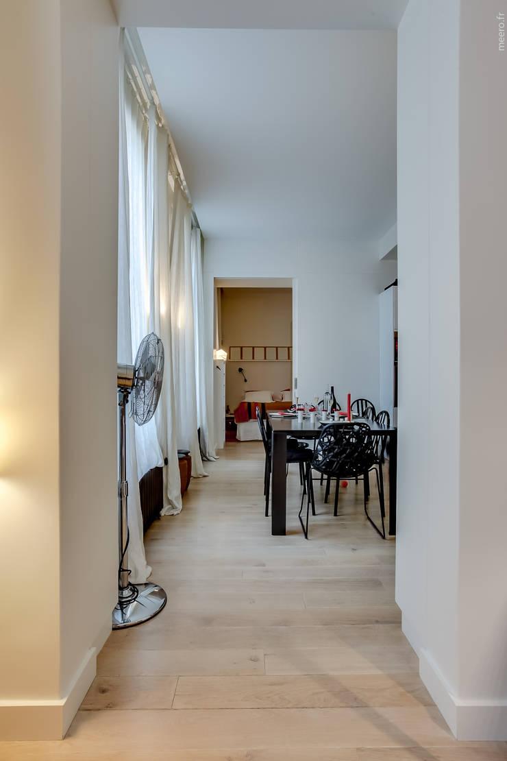 Ruang Makan oleh ATELIER FB, Modern