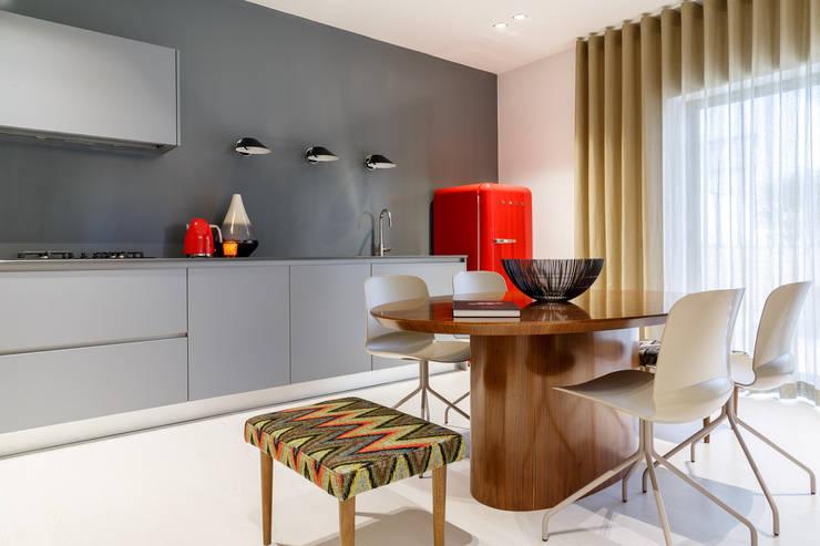 Cozinha: Espaços comerciais  por Natmar2M