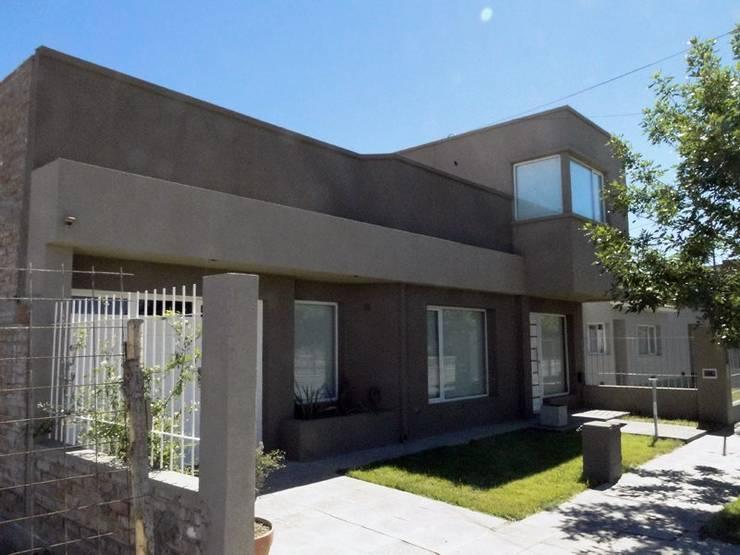 Remodelacion de vivienda: Casas de estilo  por Lineasur Arquitectos