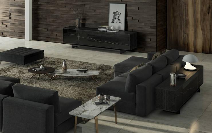 GRAMMI: Sala de estar  por Maami Home
