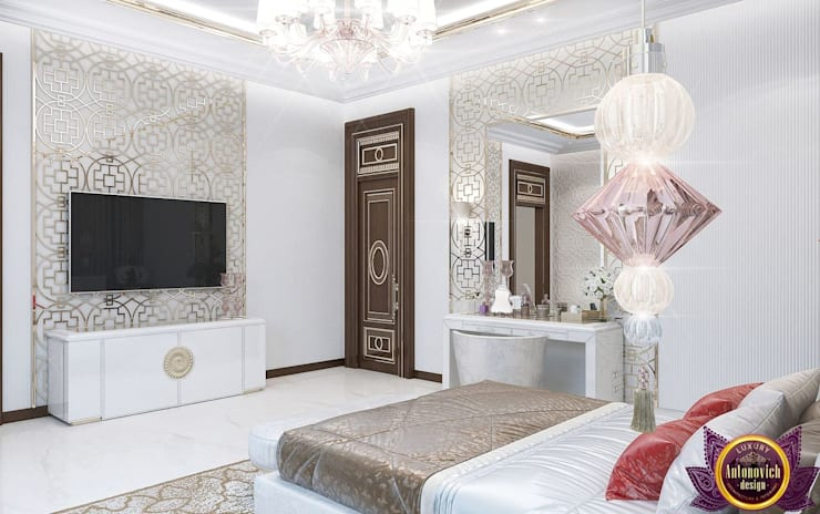 Modern bedroom design of Katrina Antonovich:  Bedroom by Luxury Antonovich Design