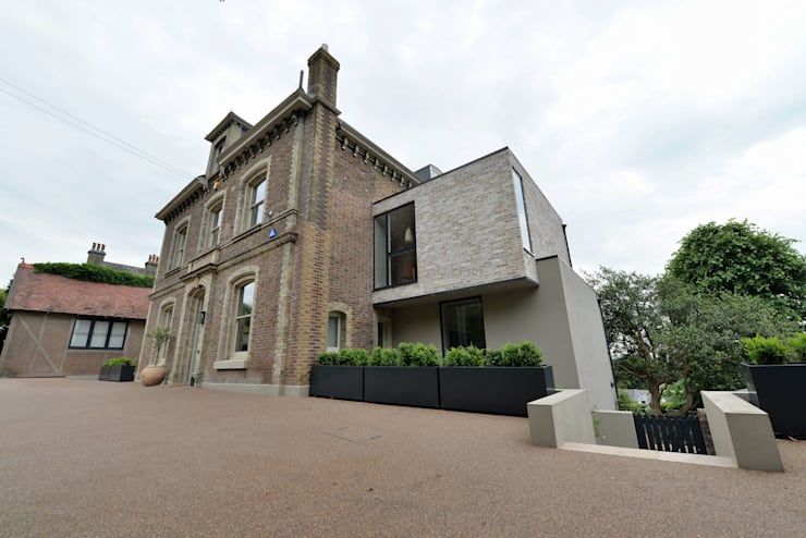 House refurbishment and extensions:  Houses by BBM Sustainable Design Limited