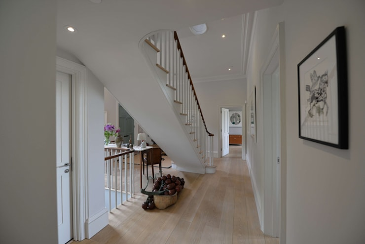 House refurbishment and extensions:  Corridor & hallway by BBM Sustainable Design Limited