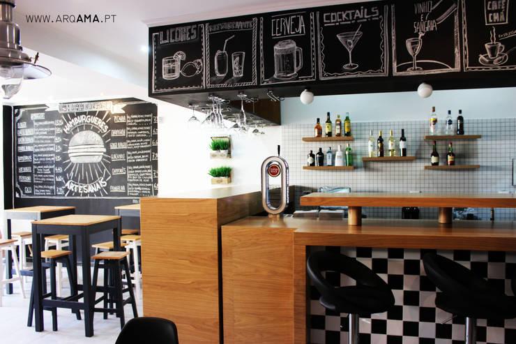 Hamburgaria : Espaços de restauração  por ARQAMA - Arquitetura e Design Lda