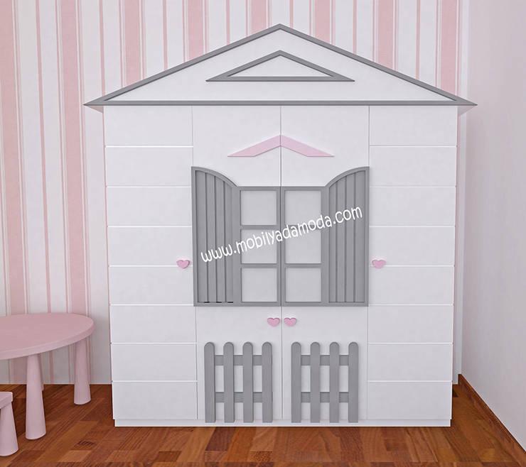 MOBİLYADA MODA  – İkiz Bebek Montessori Odası, Montessori Çocuk Dolabı:  tarz Kız çocuk yatak odası, Modern Ahşap Ahşap rengi