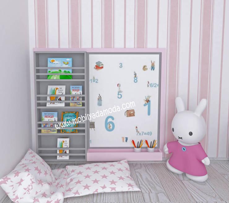 MOBİLYADA MODA  – İkiz Bebek Montessori Odası, Montessori Kitaplık Yazı Tahtası Grubu:  tarz Kız çocuk yatak odası, Modern Ahşap Ahşap rengi