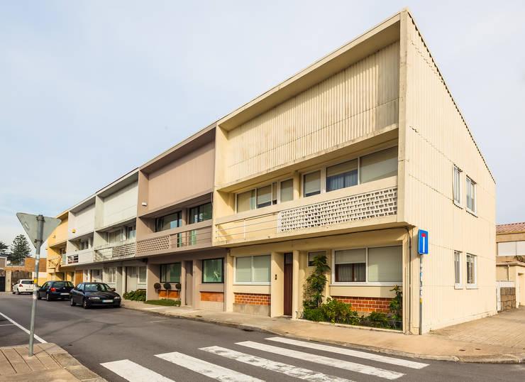 Vista exterior: Casas  por Franca Arquitectura
