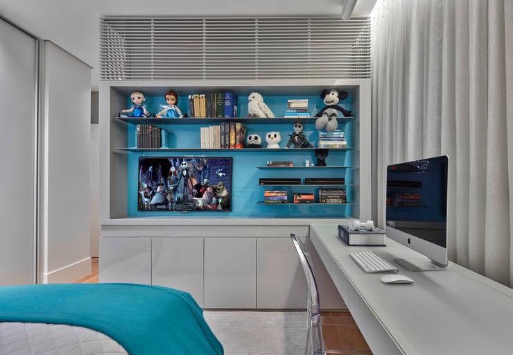 Projekty,  Sypialnia zaprojektowane przez Alessandra Contigli Arquitetura e Interiores