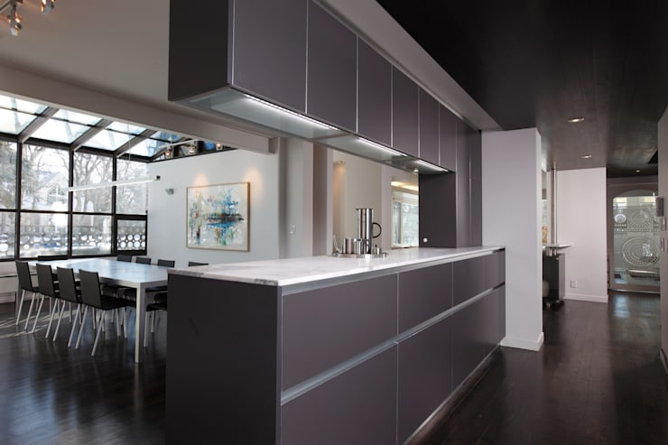 ZT Residence Interiors :  Kitchen by Unit 7 Architecture