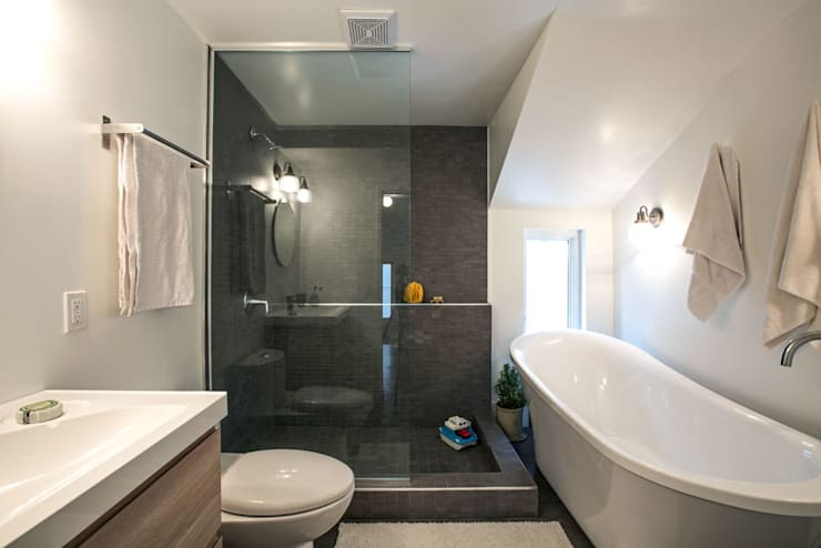 Bathroom by Unit 7 Architecture, Modern