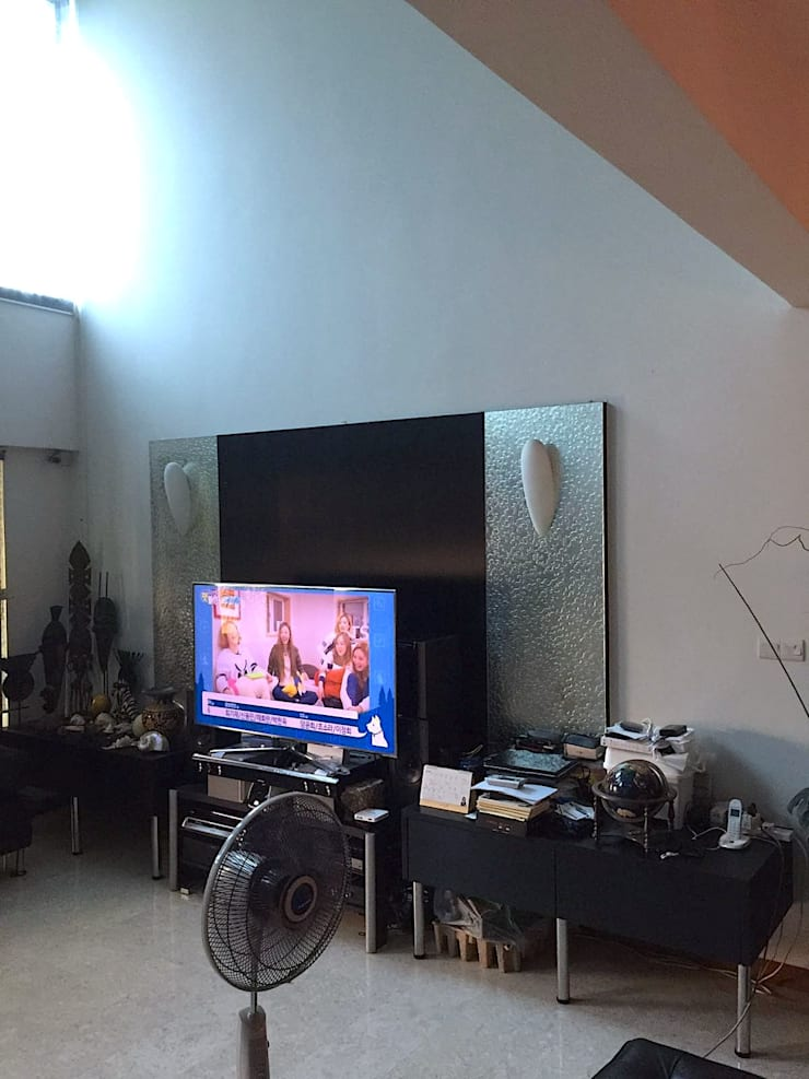 """old living room / old tv feature wall: {:asian=>""""asian"""", :classic=>""""classic"""", :colonial=>""""colonial"""", :country=>""""country"""", :eclectic=>""""eclectic"""", :industrial=>""""industrial"""", :mediterranean=>""""mediterranean"""", :minimalist=>""""minimalist"""", :modern=>""""modern"""", :rustic=>""""rustic"""", :scandinavian=>""""scandinavian"""", :tropical=>""""tropical""""}  by Singapore Carpentry Pte Ltd,"""